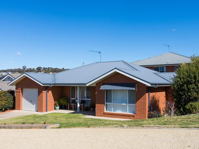 2 Wilton Street, Bourkelands, NSW 2650