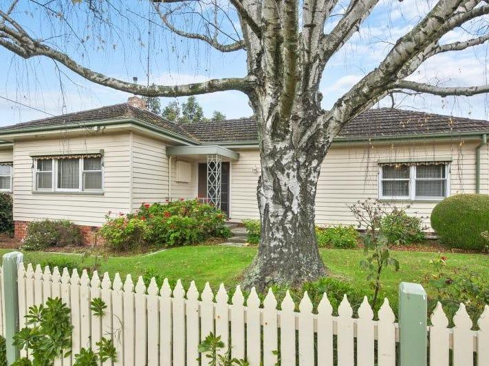 8 Chamberlain Street, Ballarat East, Vic 3350
