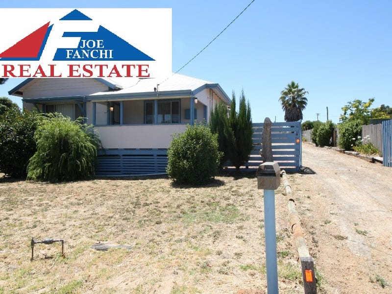 27 Newstead Road, Kojonup, WA 6395