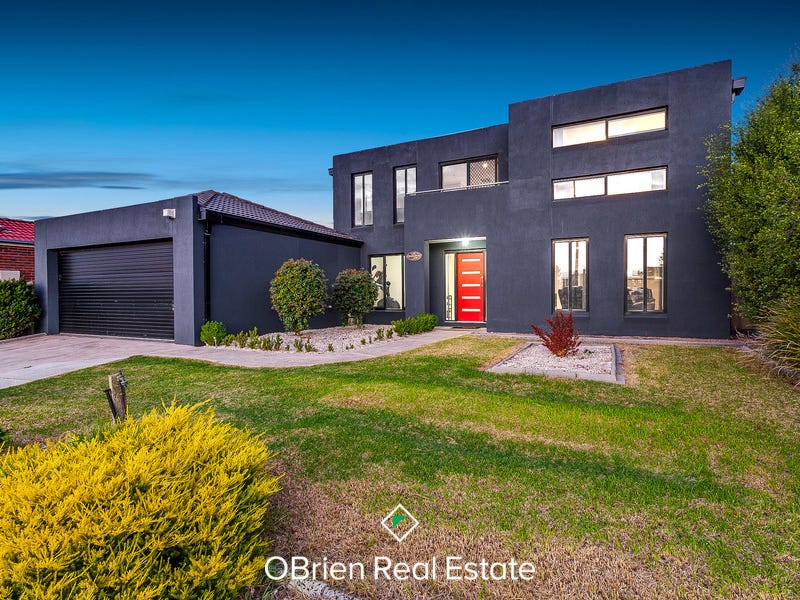 202 Evans Road, Cranbourne West, Vic 3977