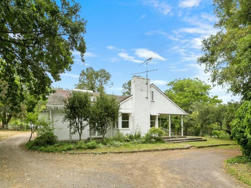 10 Cranstons Road, Dural, NSW 2158