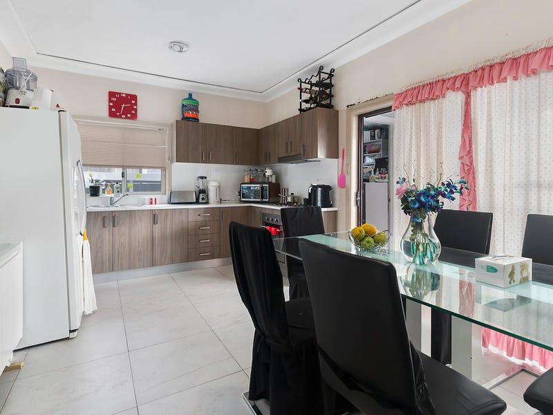74 Goodacre Avenue, Fairfield West, NSW 2165