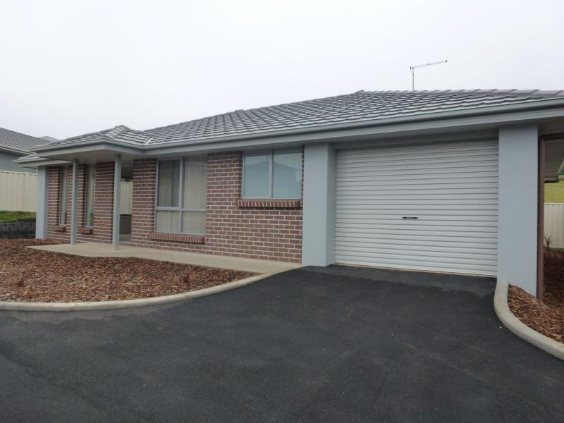 Unit 2/80 West Church Street, Deloraine, Tas 7304