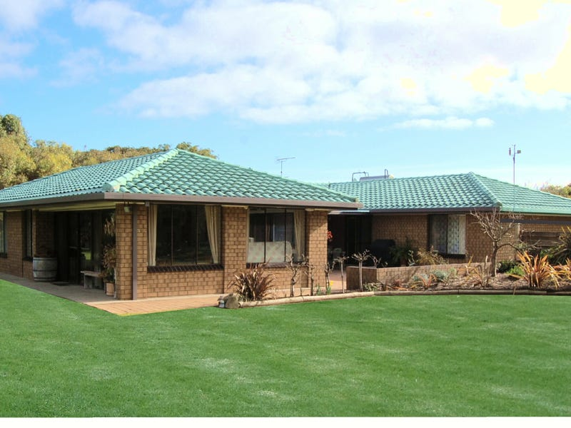 8817   Southern Ports Highway, 5280, Beachport