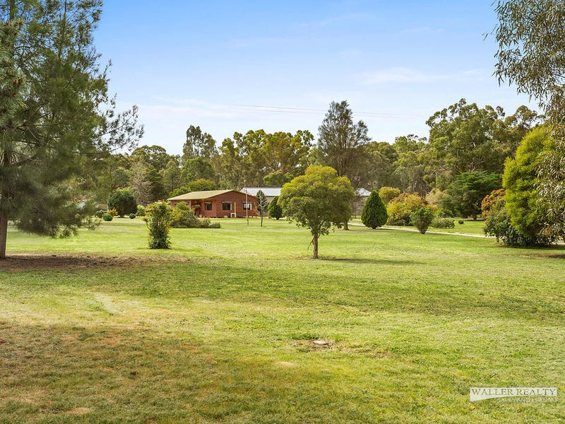 22 Fishermans Road, Welshmans Reef, Vic 3462