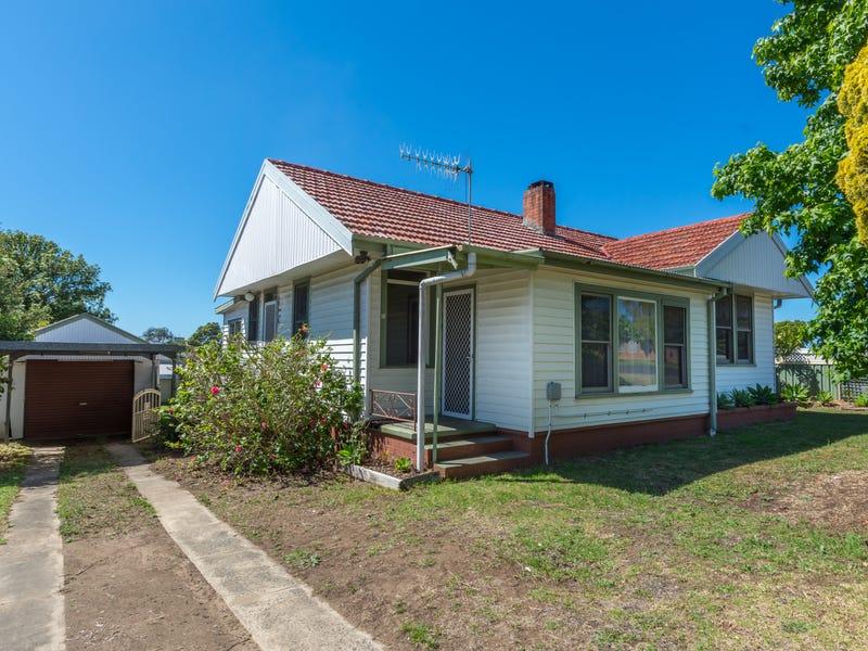 10 Dalwah Street, Bomaderry, NSW 2541