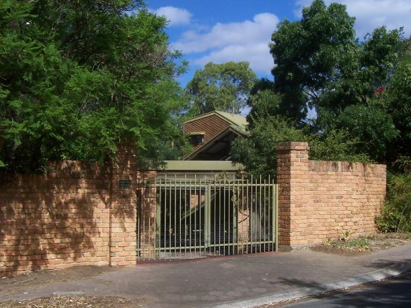 10 River Glen Drive, Windsor Gardens, SA 5087