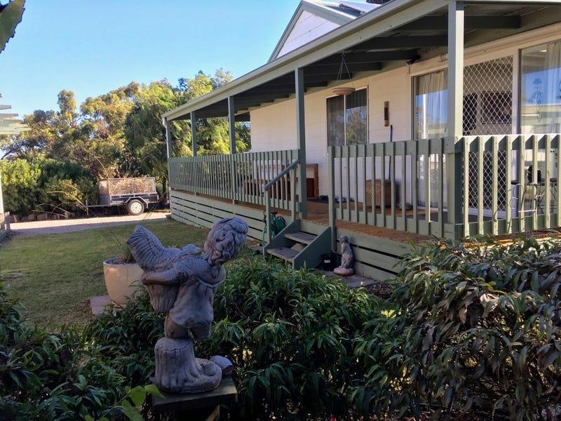 26 Swan Drive, Metung, Vic 3904