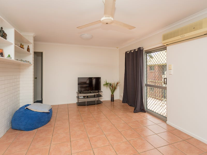 3/2 Baur Street., North Mackay, Qld 4740