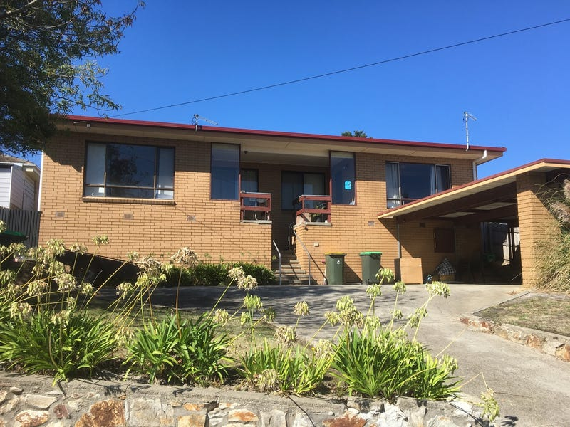 1 & 2/126 Maryvale Road, Morwell, Vic 3840