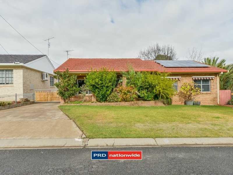 13 Elizabeth Street, North Tamworth, NSW 2340