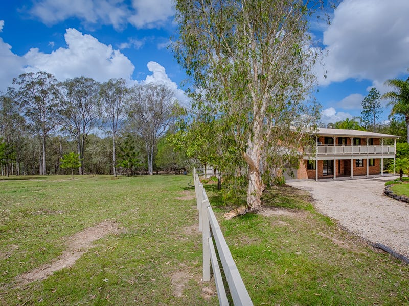 141 Lawson Road, Jones Hill, Qld 4570