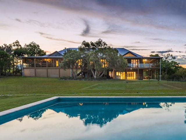 43 Hearnes Lake Road, Woolgoolga, NSW 2456