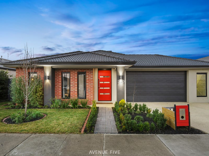 230 Warralily Boulevard, Armstrong Creek, Vic 3217