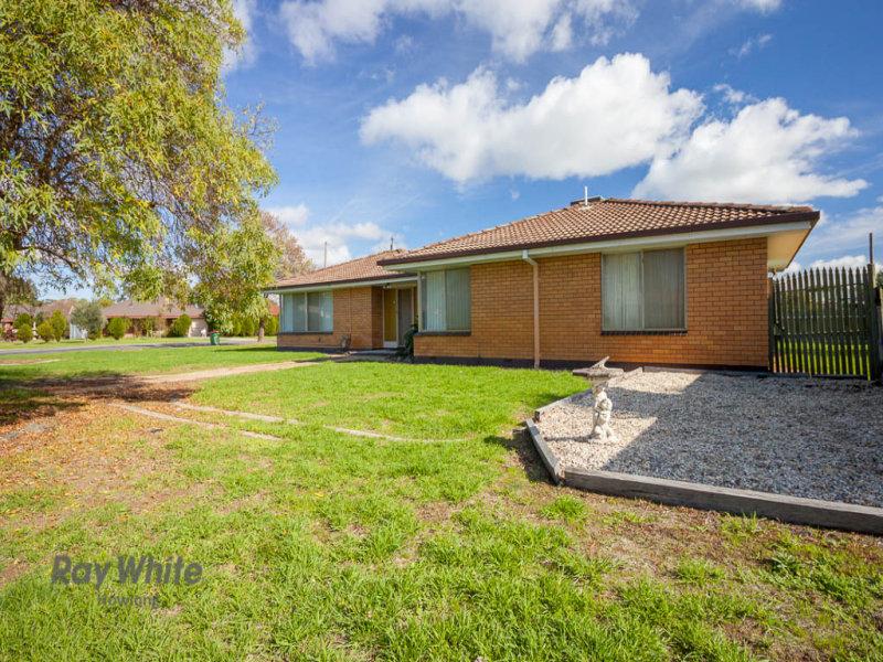 79 Pell Street, Howlong, NSW 2643