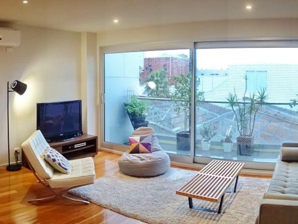 9 Curzon Place, North Melbourne