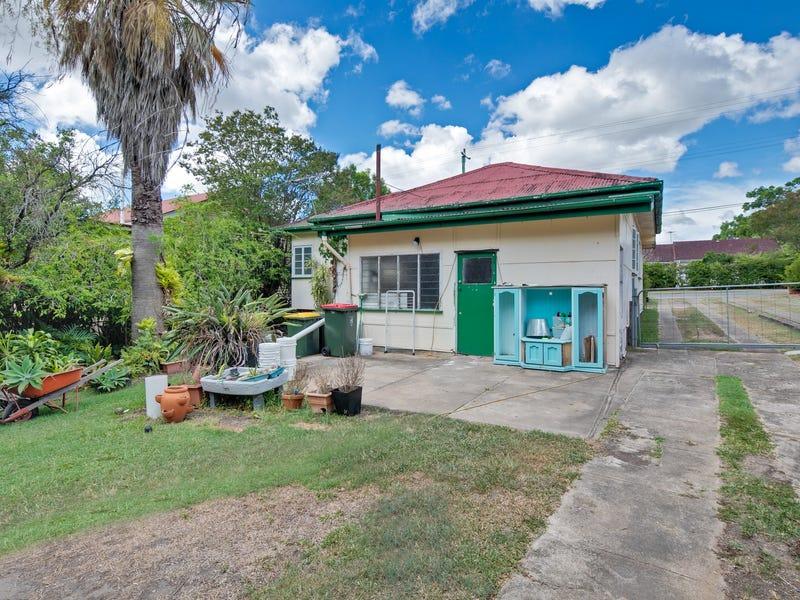 93 Gallipoli Road, Carina Heights, Qld 4152