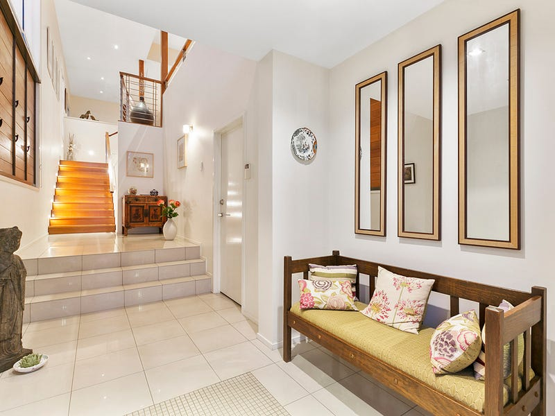 99 Melville Terrace, Manly, Qld 4179