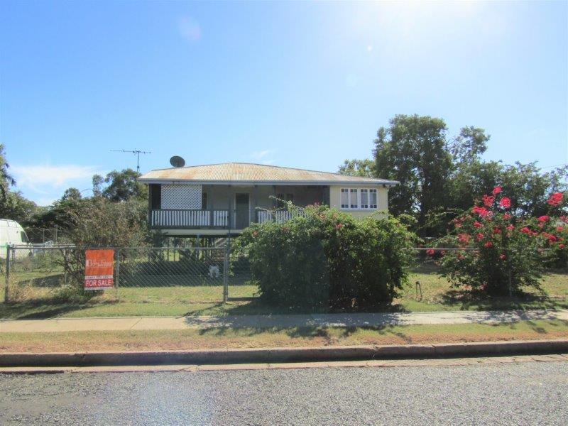 42 Main Street, Bluff, Qld 4702