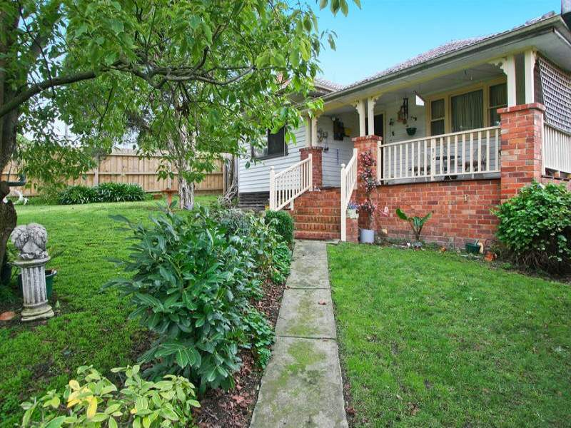 89 Hall Road, Warrandyte South, Vic 3134