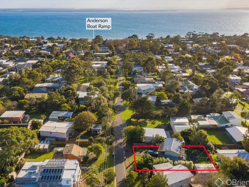 25 Highland Avenue, Cowes, Vic 3922