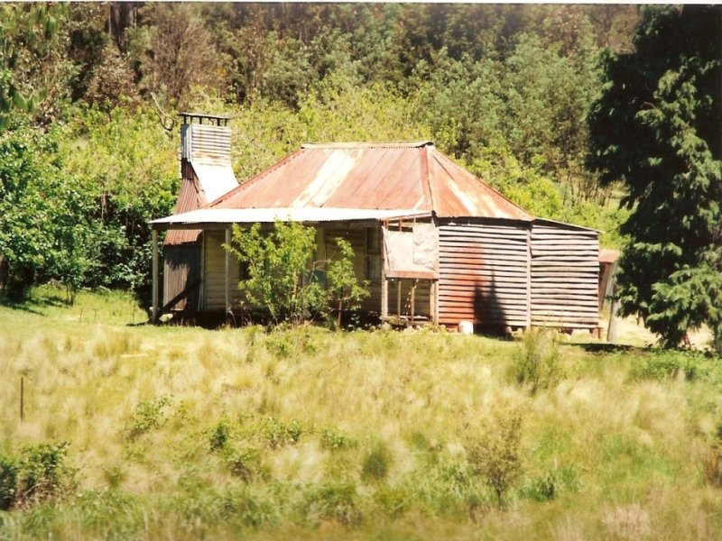 1020 Barry Road, Hanging Rock, NSW 2340