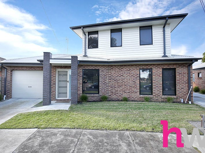 1/13-15 Carruthers Court, Thomson Vic 3219