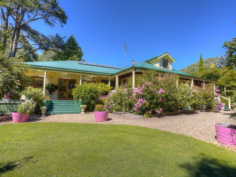 2179 Great Alpine Road, Harrietville, Vic 3741