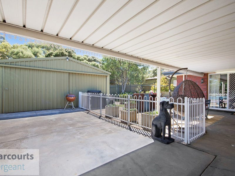 12 Mews Court, Gulfview Heights