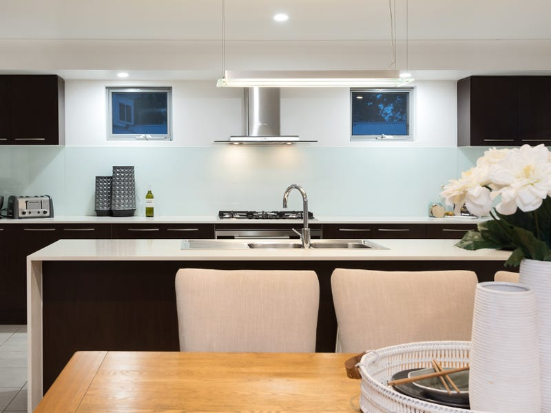 23 Atrium Way, Everton Hills, Qld 4053
