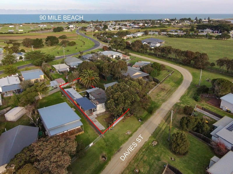 8 Davies Street, Seaspray, Vic 3851