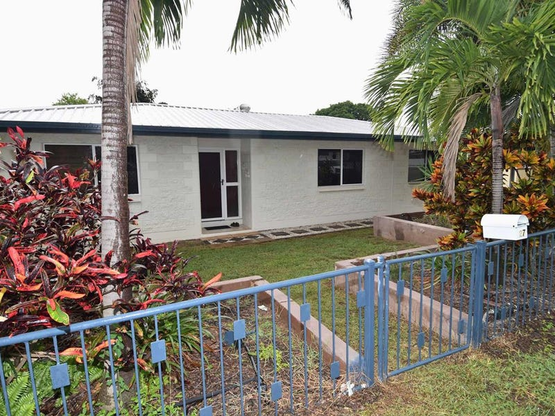 27 Mill Street, Charters Towers City, Qld 4820