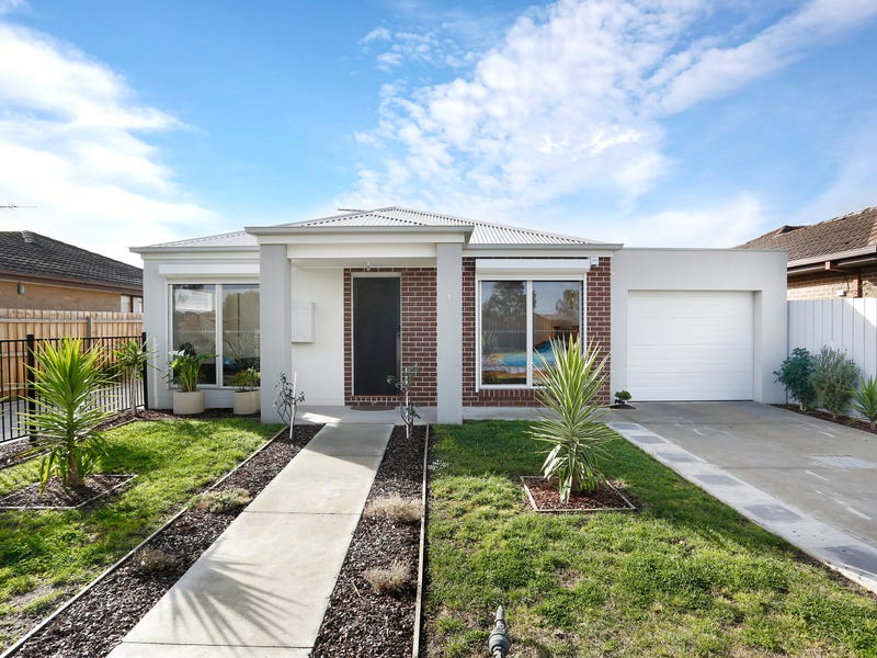 1/64 Railway Parade, Deer Park, Vic 3023