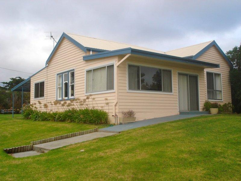 16 Main Street, Currie, Beechford, Tas 7252
