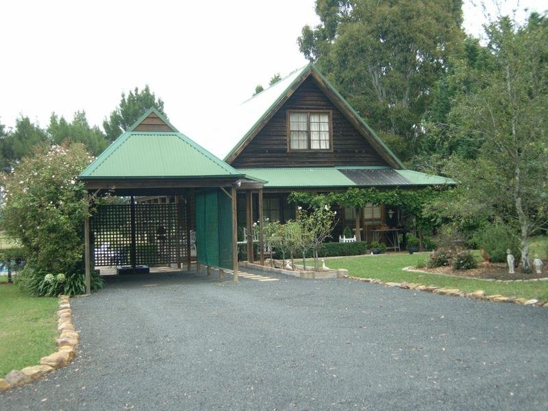 2071 Wombeyan Caves Road, High Range, NSW 2575
