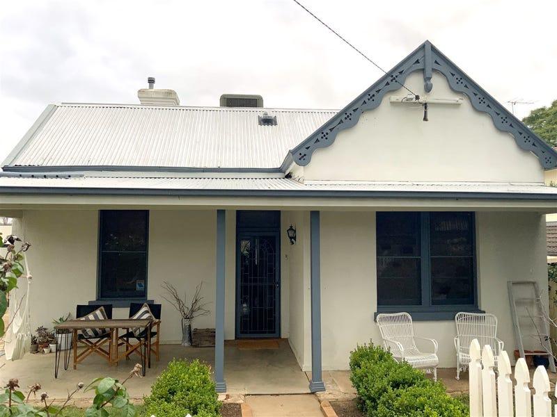 61 Carthage Street, East Tamworth, NSW 2340
