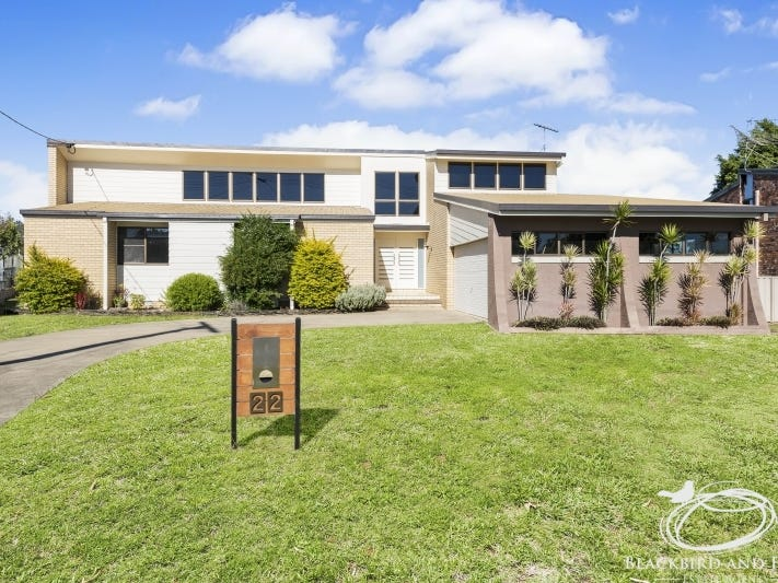 22 Crestview Avenue, Gatton, Qld 4343