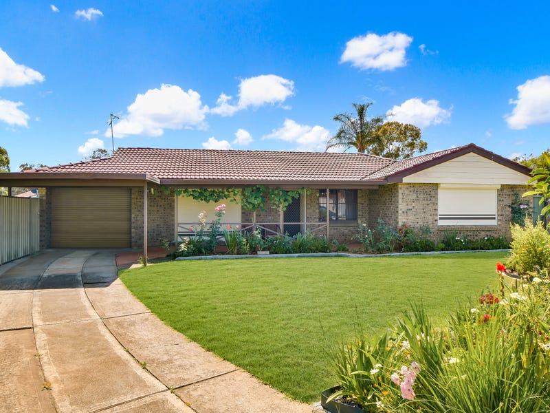 1 Manly Place, Woodbine, NSW 2560