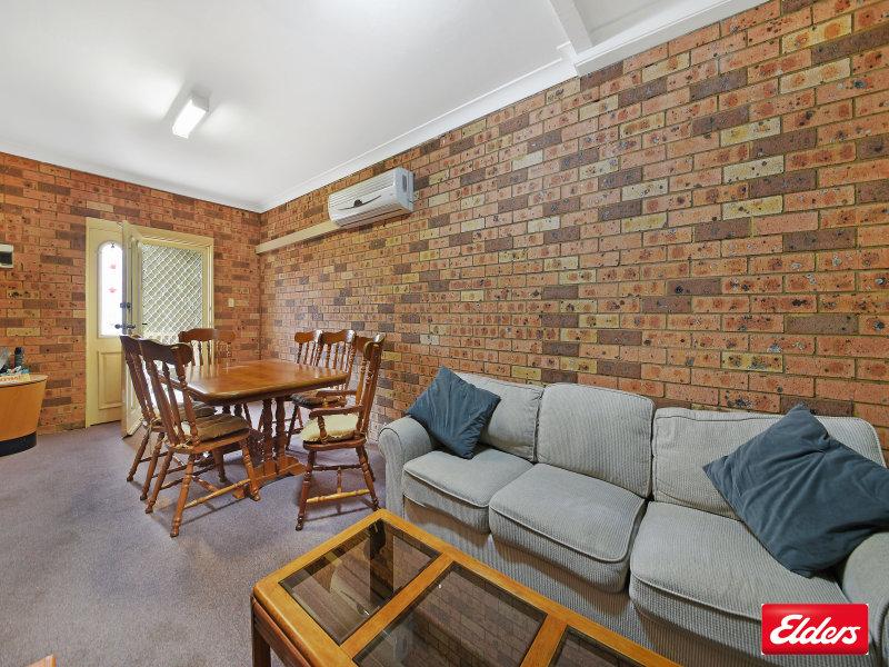 1/30 Middleton Rd, Leumeah, NSW 2560