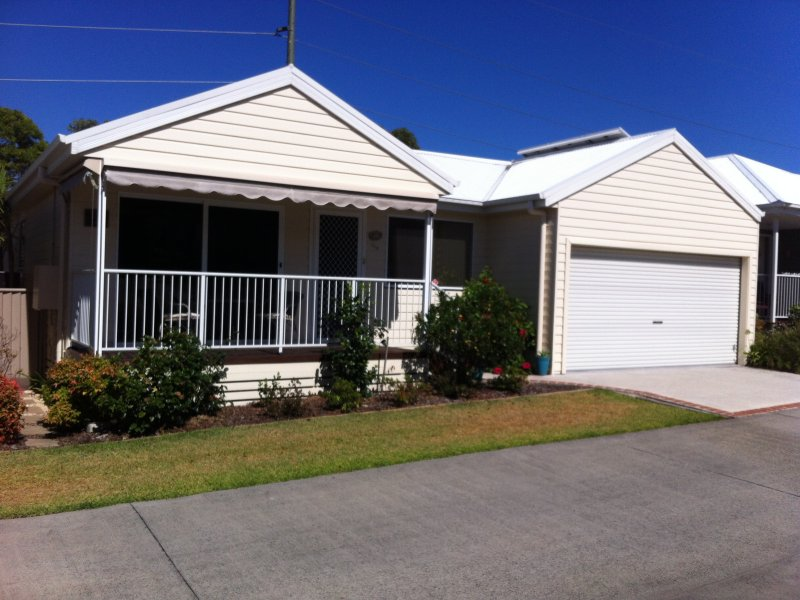 2 Saliena Ave, Lake Munmorah, NSW 2259