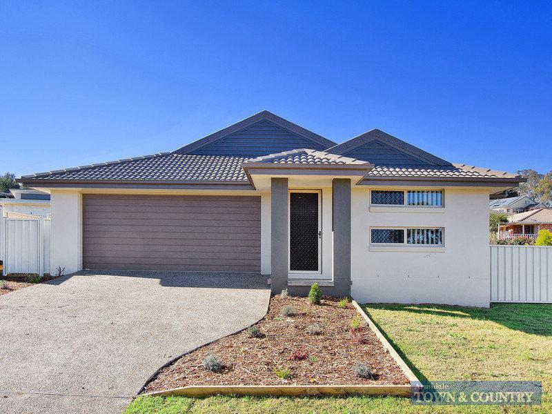 15 Golden Grove, Armidale, NSW 2350