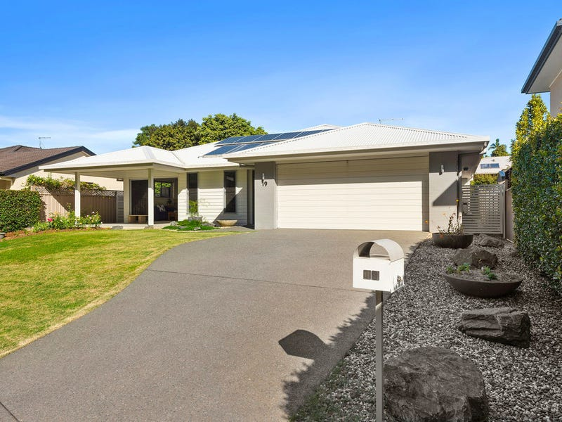 19 Dunlop Dr, Boambee East, NSW 2452