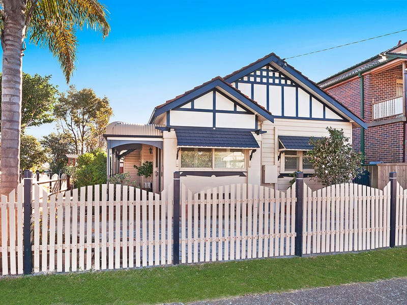 132 National Park Street, Merewether, NSW 2291