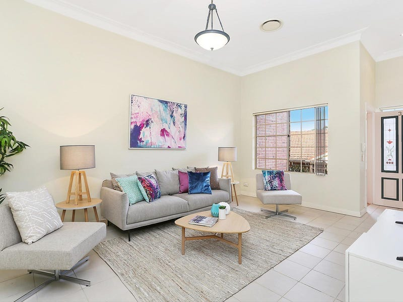 3/4 Grandview Parade, Epping