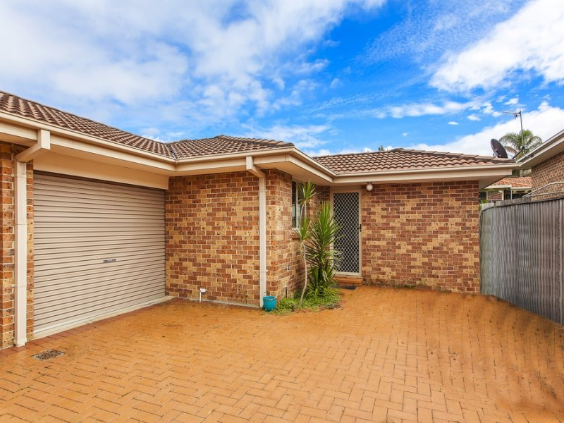 2/5 Aurora Place, Bateau Bay, NSW 2261