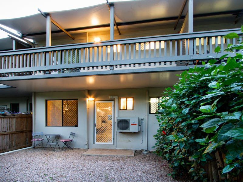 4/5 Pleasant Drive, Cannonvale, Qld 4802
