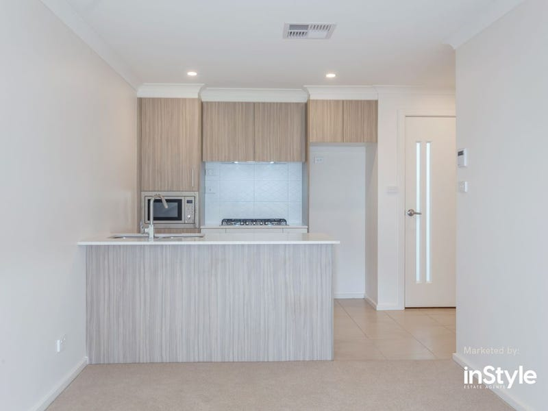 14/39 Woodberry Avenue, Coombs, ACT 2611