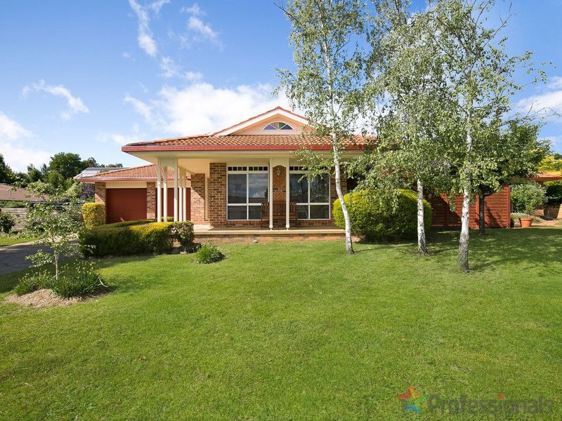 26 The Avenue, Armidale, NSW 2350
