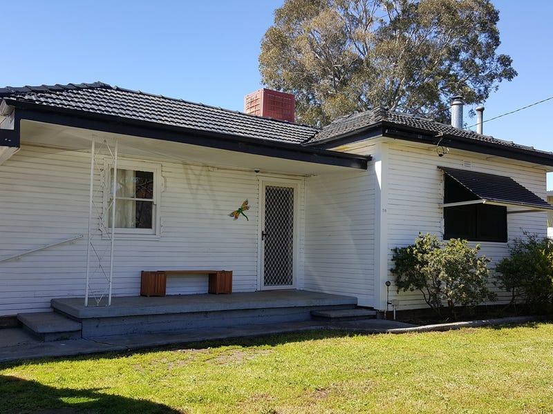 30 Strickland Street, Gilgandra, NSW 2827