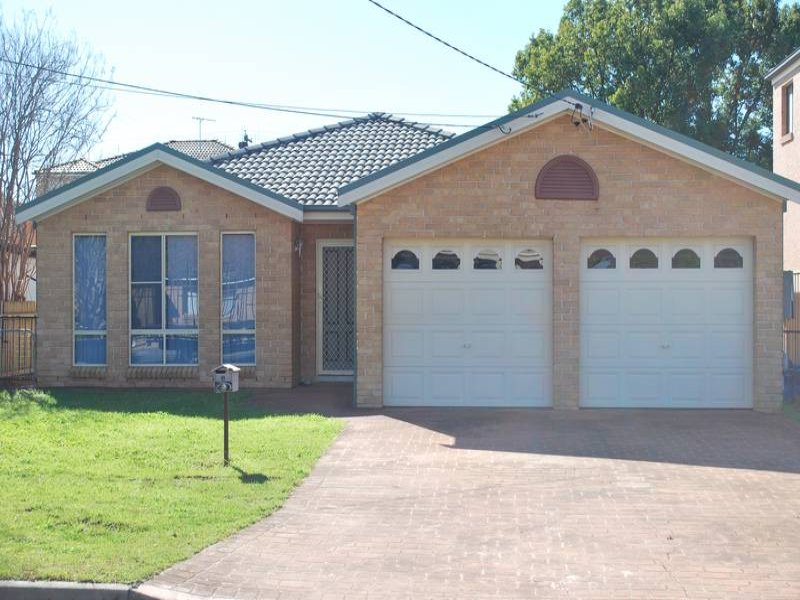 Address available on request, Fairfield, NSW 2165